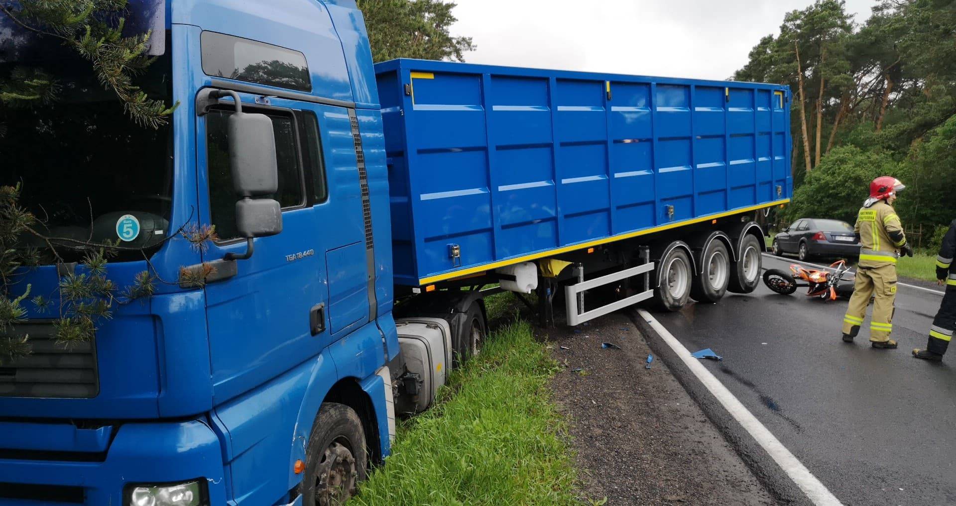 Photo of Znowu zdarzenie drogowe na DK12 tuż przed Sulejowem – AKTUALIZACJA