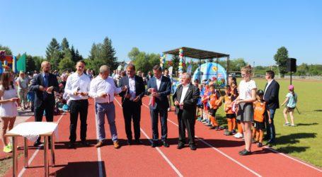 Stadion w Ręcznie oficjalnie oddany do użytku!