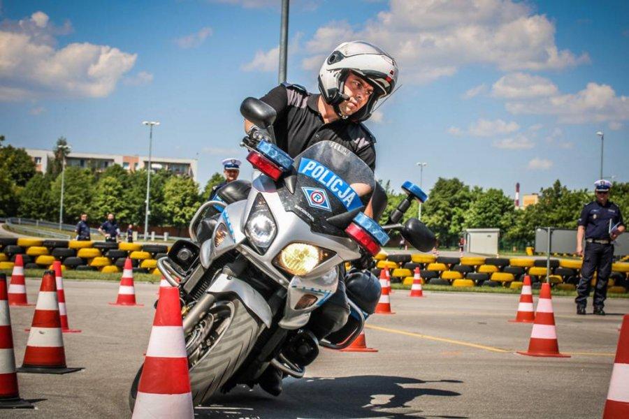 Photo of Policjant z Piotrkowa jednym z najlepszych w kraju