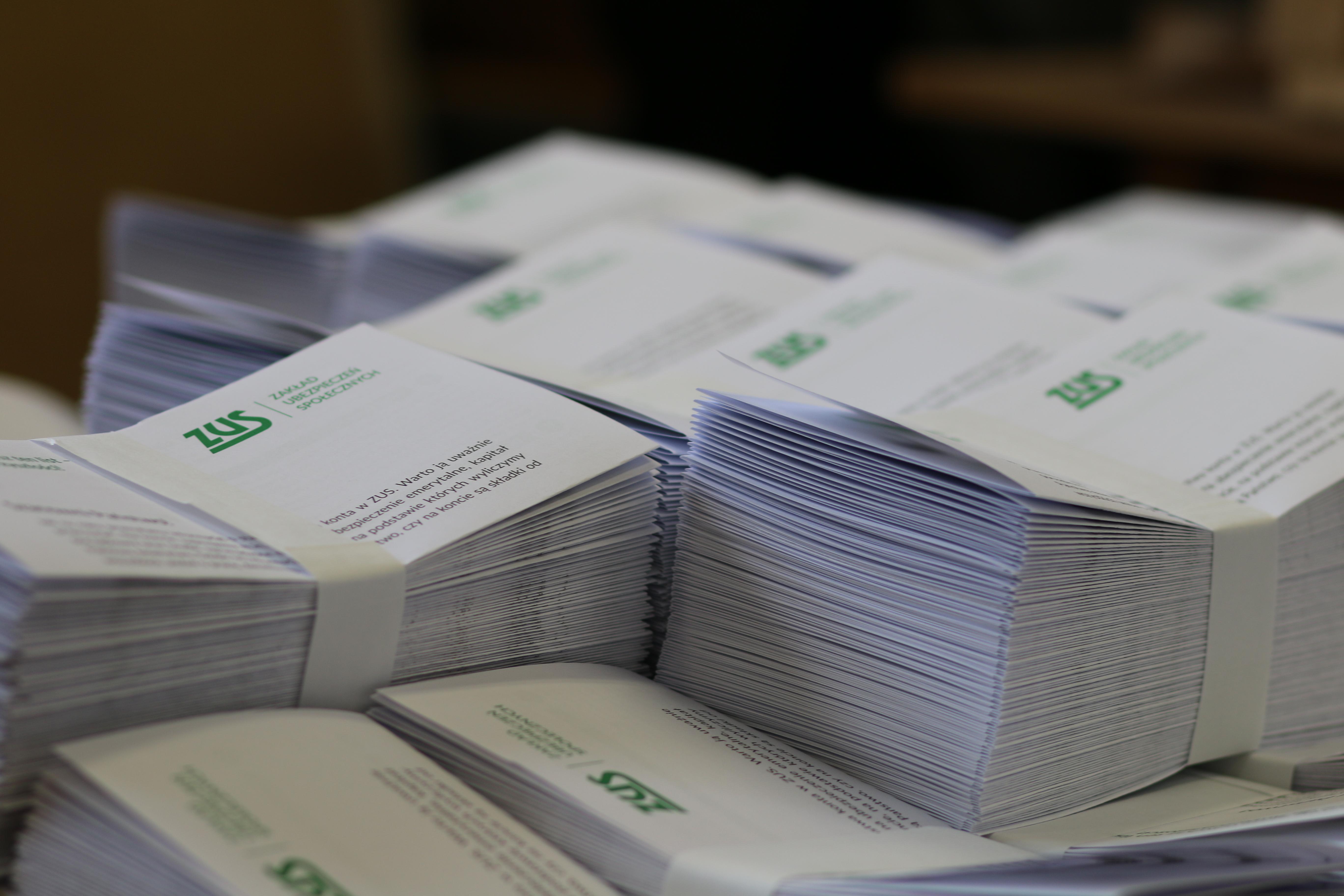 Photo of Około 1,4 mln osób z z województwa łódzkiego otrzyma list z ZUS-u
