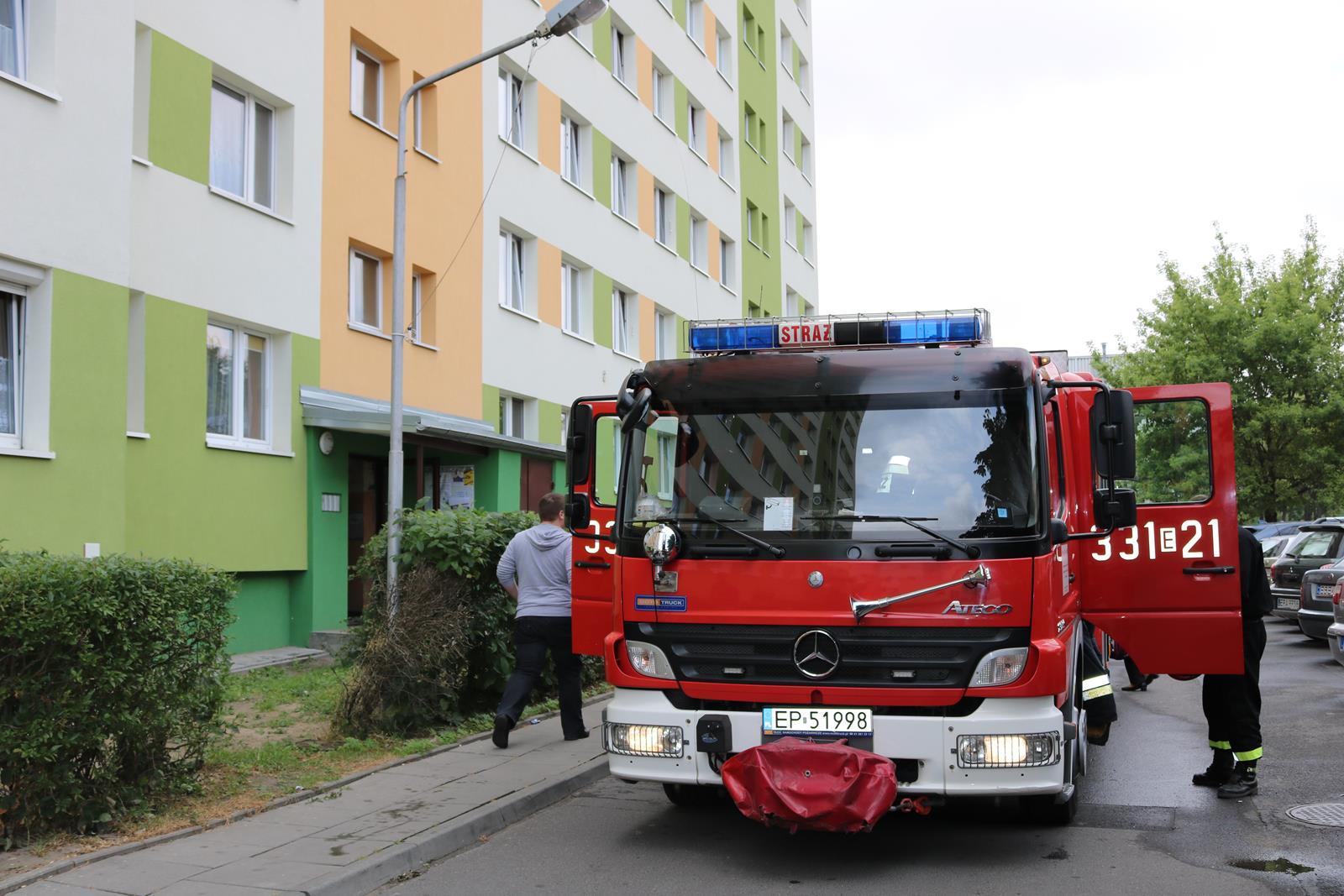 Photo of Interwencja strażaków w wieżowcu przy Belzackiej