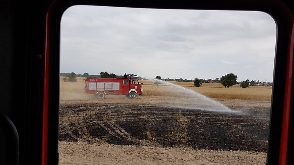 Photo of Dwa pożary zbóż niemal w tym samym czasie, w różnych częściach powiatu