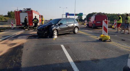 Wypadek na A1. Ranne dwie osoby