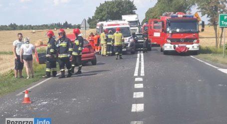 DK91 zablokowana. Rozbite dwa auta, trzy osoby trafiły do szpitala