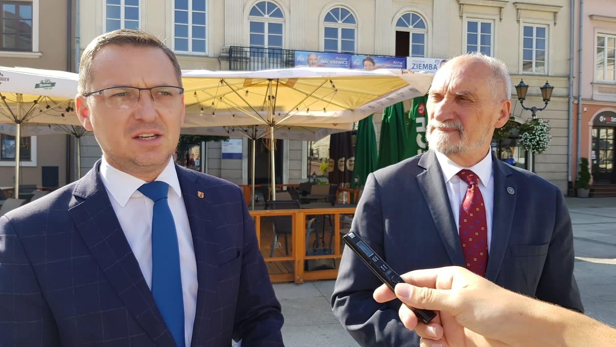 Photo of Konferencja PiS w Piotrkowie – koniec problemów z PCMD