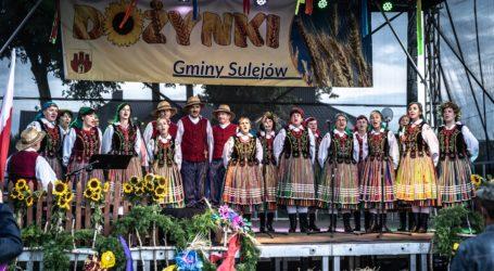 Gmina Sulejów świętowała na dożynkach w Barkowicach