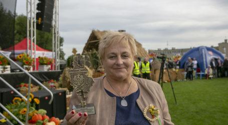 Halina Derach uhonorowana  tytułem Zasłużony dla Powiatu Piotrkowskiego
