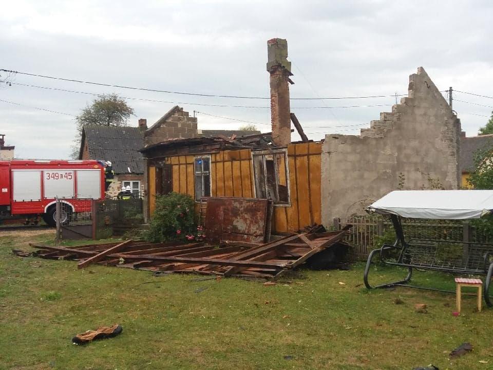 Photo of Zerwane dachy i linie energetyczne. Wiatr łamał drzewa jak zapałki