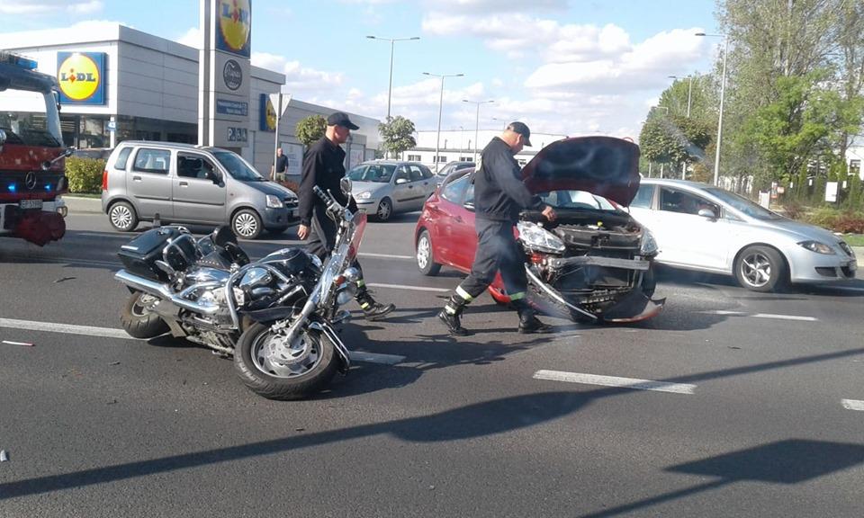 Photo of Zderzenie osobówki i motocykla