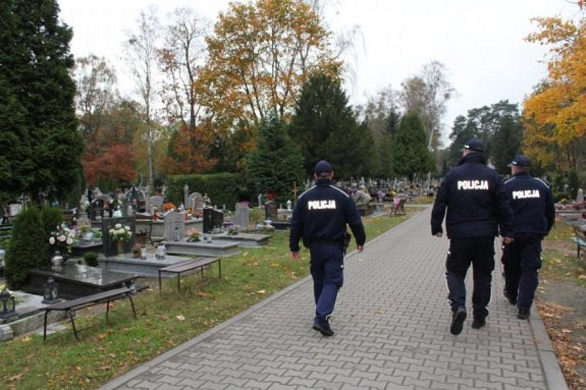Photo of Bezpieczny Dzień Wszystkich Świętych i Dzień Zaduszny
