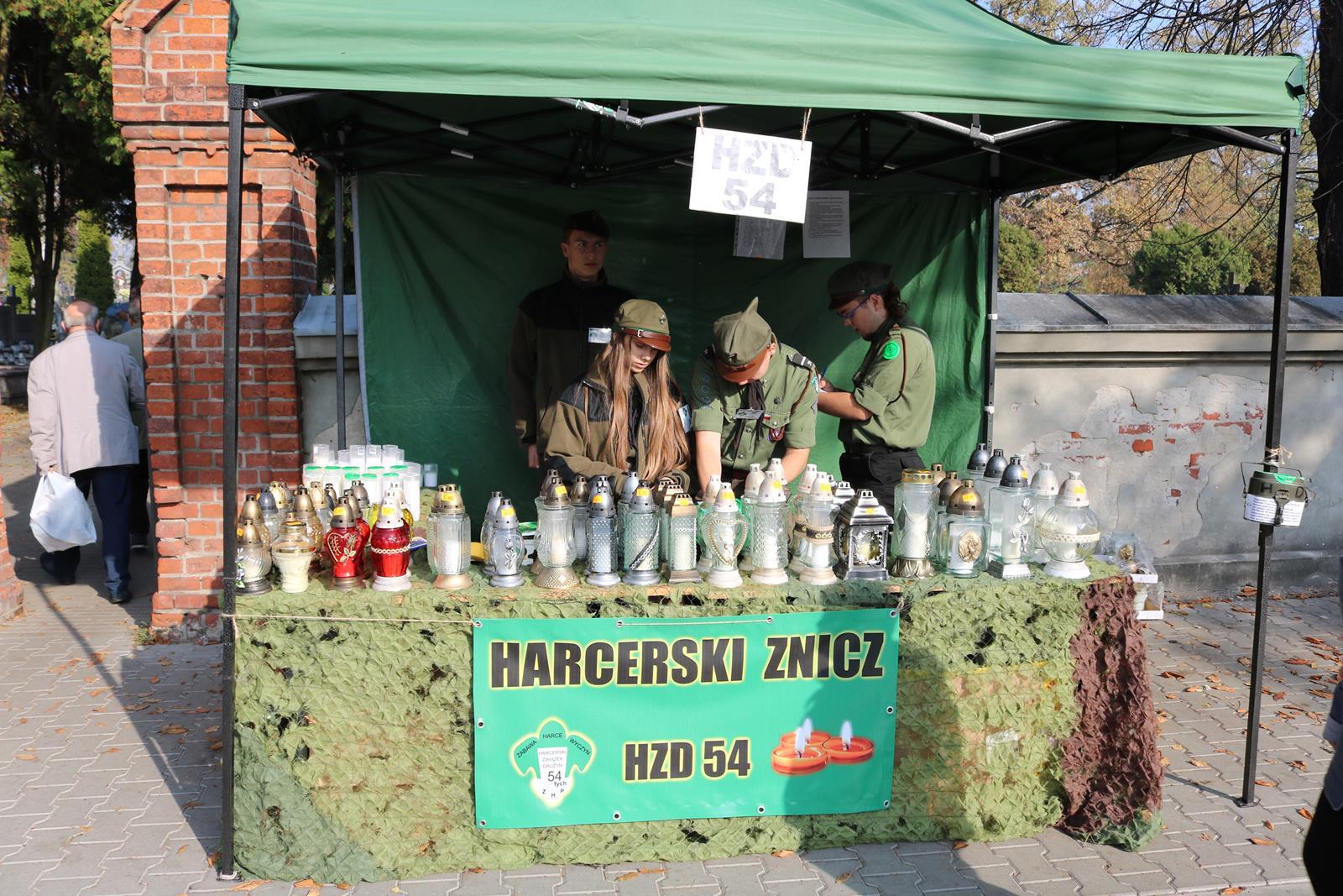 "Photo of Harcerska akcja ""Znicz"""