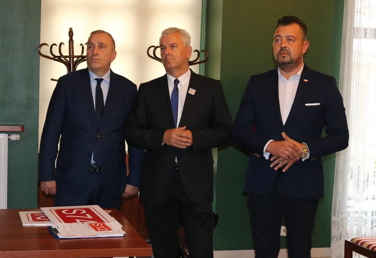 Photo of Grzegorz Schetyna w Piotrkowie poparł Cezarego Grabarczyka