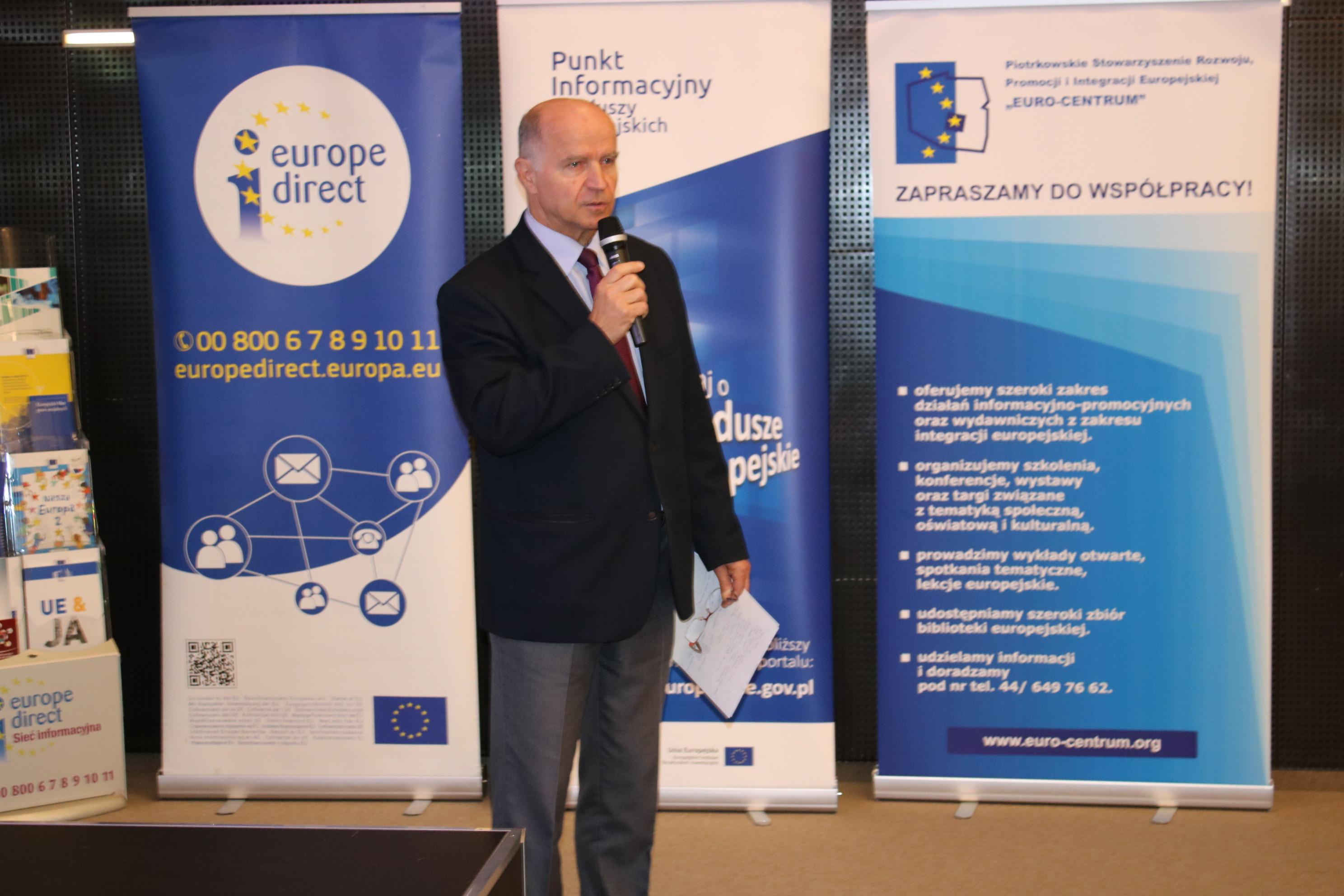 """Photo of Konferencja """"15 lat Polski w Unii Europejskiej – 15 lat funduszy europejskich w Polsce"""" – fotorelacja"""