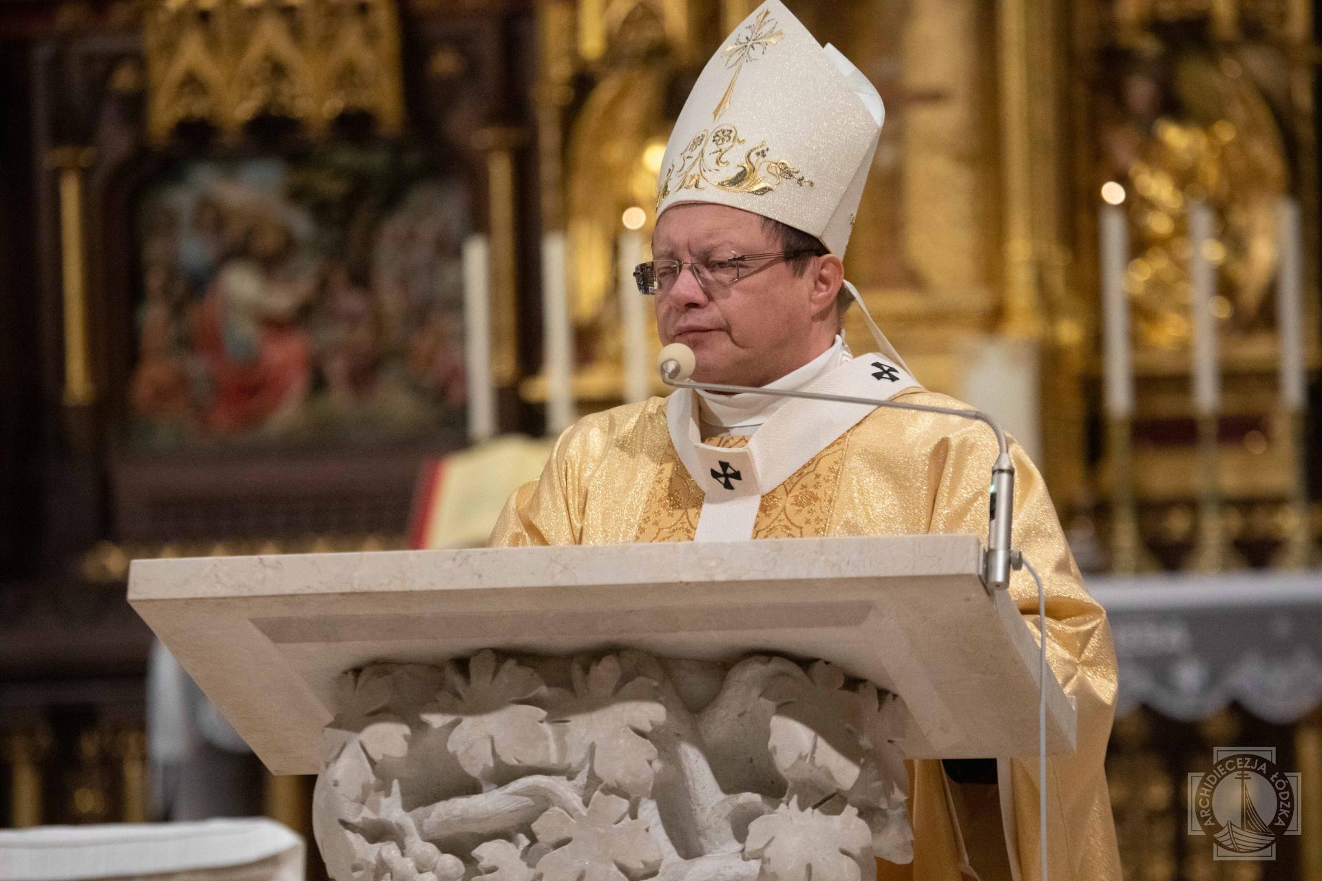 Photo of Abp Ryś: Żeby doświadczyć pokoju, trzeba się zjednoczyć z Jezusem, który się uniża!