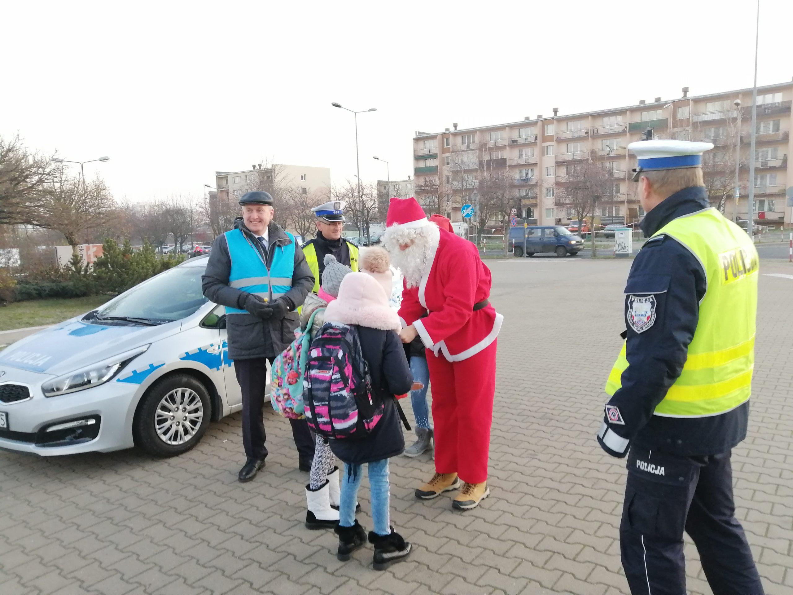 Photo of Mikołajki z policją i WORDem