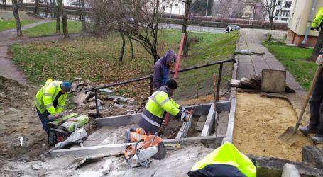 Nareszcie naprawiają schody