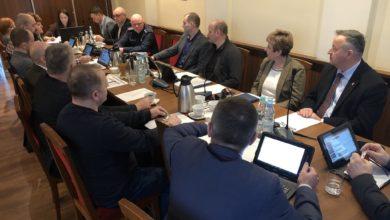 Photo of Wolbórz: O bezpieczeństwie i ASF na komisji RM