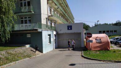 """Photo of """"Covidowe"""" łóżka w szpitalu przy Rakowskiej"""