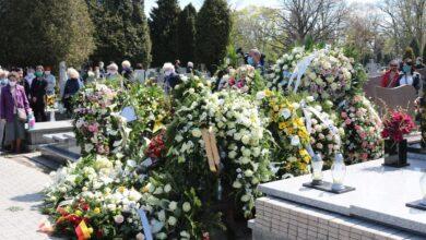 Photo of W Piotrkowie na pogrzeb trzeba czekać nawet 3 tygodnie…