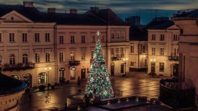 Photo of Choinka w Rynku Trybunalskim już świeci!