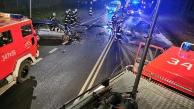 Photo of Czołowe zderzenie i pożar samochodu na DK12