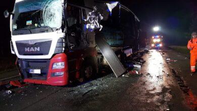 Photo of Kosów: Zderzenie 3 ciężarówek i 2 samochodów osobowych