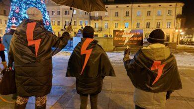 Photo of Dostaliście wezwanie na policję? Piotrkowski Strajk Kobiet oferuje bezpłatną pomoc prawną
