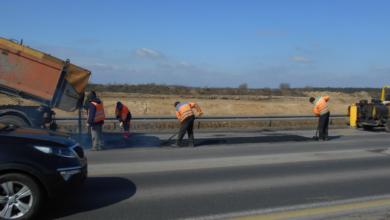 Photo of Wahadło na A1. Drogowcy nadal usuwają ubytki w jezdni