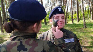 Photo of Uczniowie z Bujen ćwiczyli w jednostce  Kawalerii Powietrznej