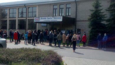 Photo of Kolejne kłopoty w punkcie szczepień przy Belzackiej w Piotrkowie