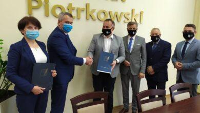 Photo of Jest porozumienie Powiatu i gminy Grabica w sprawie szkoły w Szydłowie