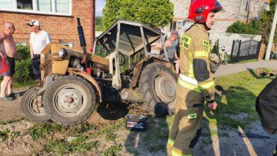 Photo of Świątniki: Zderzenie osobówki z traktorem