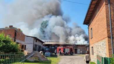 Photo of Pożar stodoły i chlewni w Sierosławiu – AKTUALIZACJA
