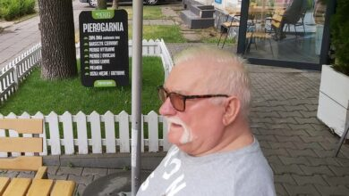 Photo of Prezydent Lech Wałęsa na pierogach w Piotrkowie