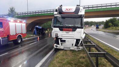 Photo of Zderzenie ciężarówki z toyotą