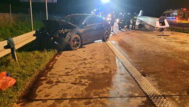 Photo of Wypadek na S8 pod Piotrkowem. Uszkodzonych 5 aut i szybowiec