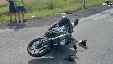 Photo of Zderzenie motocyklisty z busem. DK12/91 w Rękoraju była zablokowana