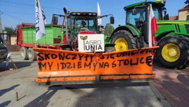 Photo of Protest rolników na DK12. Gigantyczne korki na S8 i A1 – ZDJĘCIA, FILM