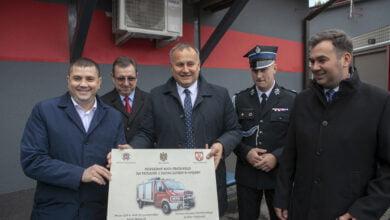 Photo of Wóz strażacki z Woli Krzysztoporskiej trafi do Glodeni w Mołdawii