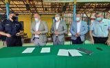 Podpisanie-umowy-nad-zalewem-1